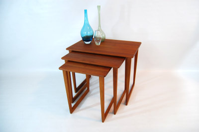 North west, WA, West coast, mcm, mod, mid century modern, vintage, furniture, teak, mid century 55, midcentury55, Seattle, Washington, nesting tables, teak, end table, side table, corner table, living room furniture, set of 3, Washington,