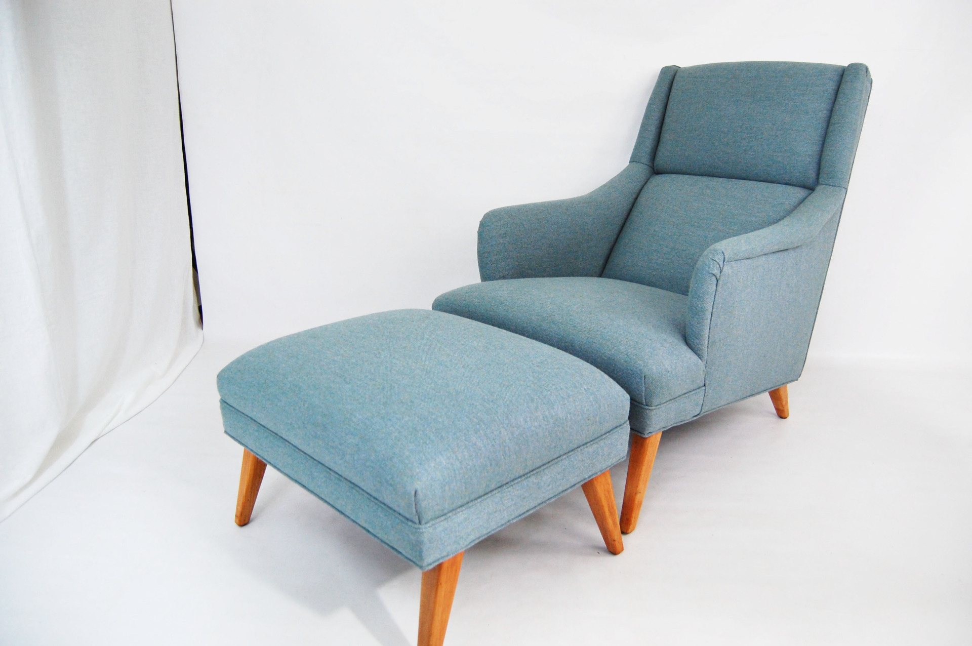 North west, West coast, WA, Dux, mcm, mod, mid century modern, vintage, furniture, teak, mid century 55, midcentury55, Seattle, Washington, Lounge chair, ottoman,