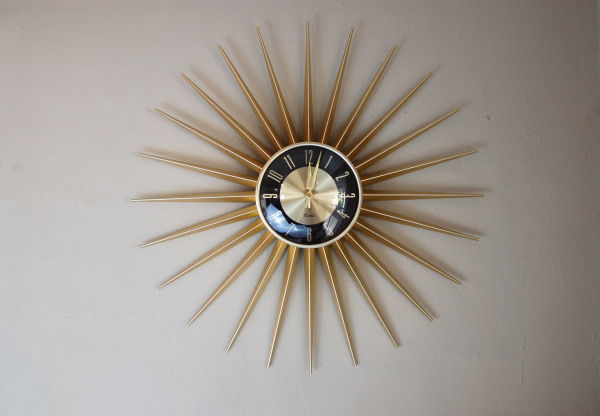Vintage, mid century modern, starburst, wall clock, battery powered, Home decor, 1960s, MCM, North west, West coast,  Seattle, Washington, WA, mod, mid century modern, vintage, mid century 55, 1950s, vintage, furniture, Working, gold, spikes, black, midcentury55,